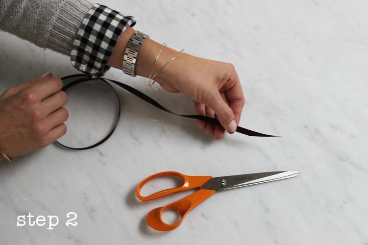 acorn-napkin-ring-step2