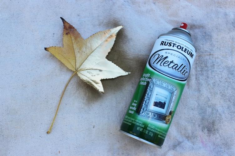 gold-leaf-napkin-ring-spraying