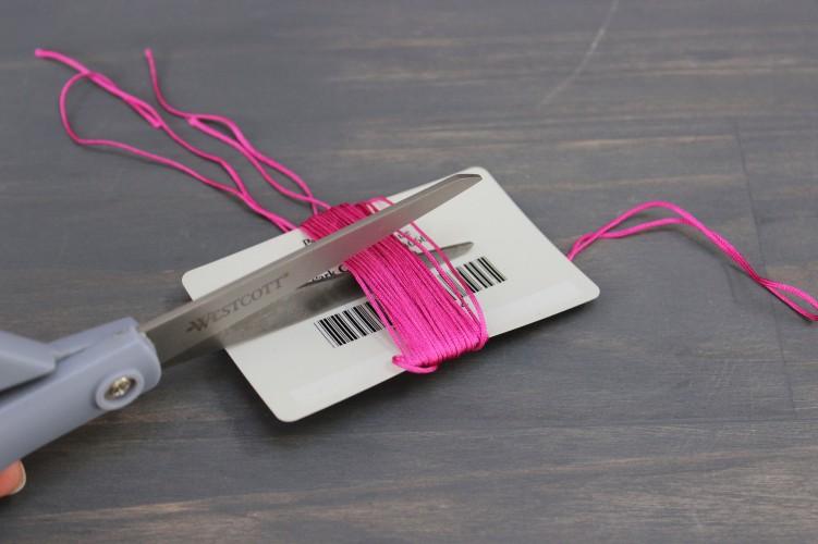 tassel-cutting