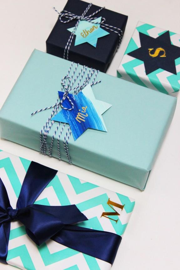 Hanukkah wrapping1