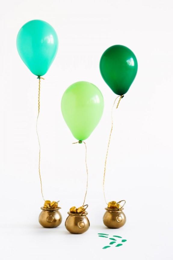 DIY-Pot-of-Gold-Balloon-Surprise2-600x900