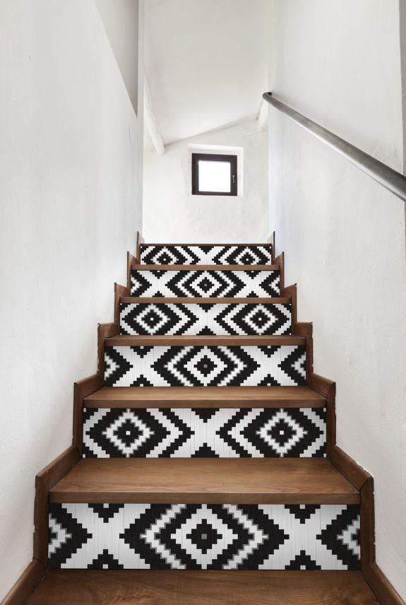 un-escalier-pepse-par-du-papier-peint_4907419