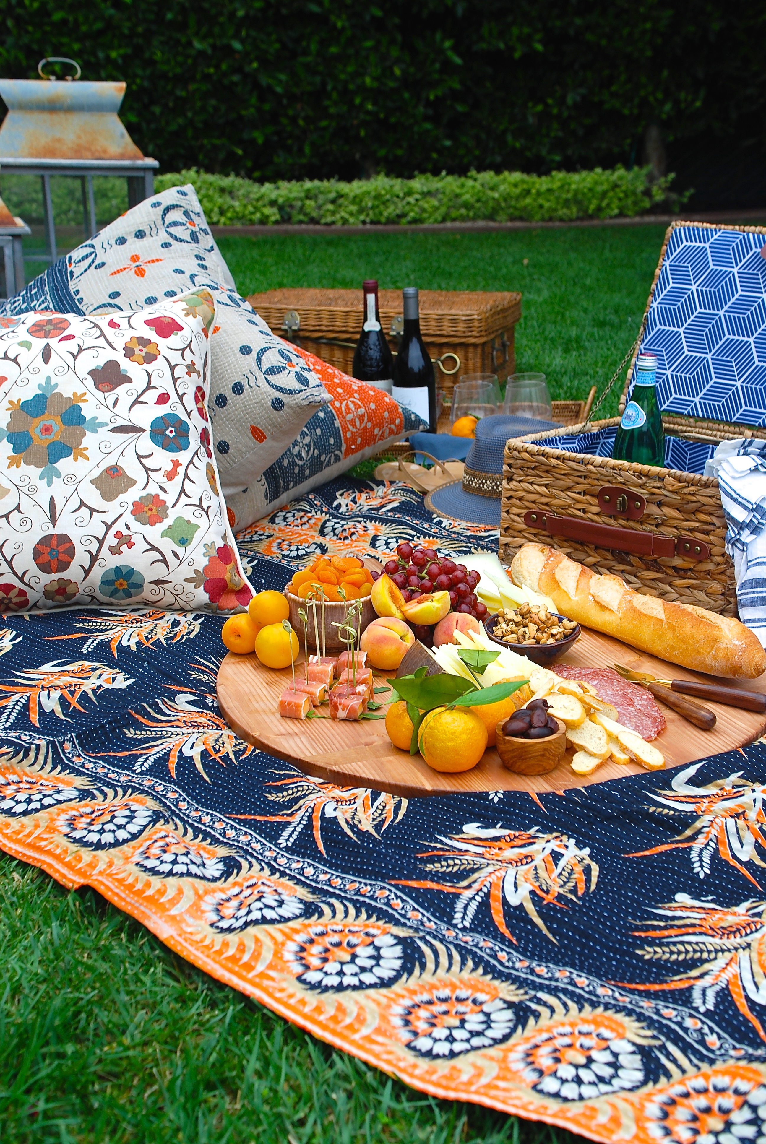 How To Create A Pretty Picnic Party