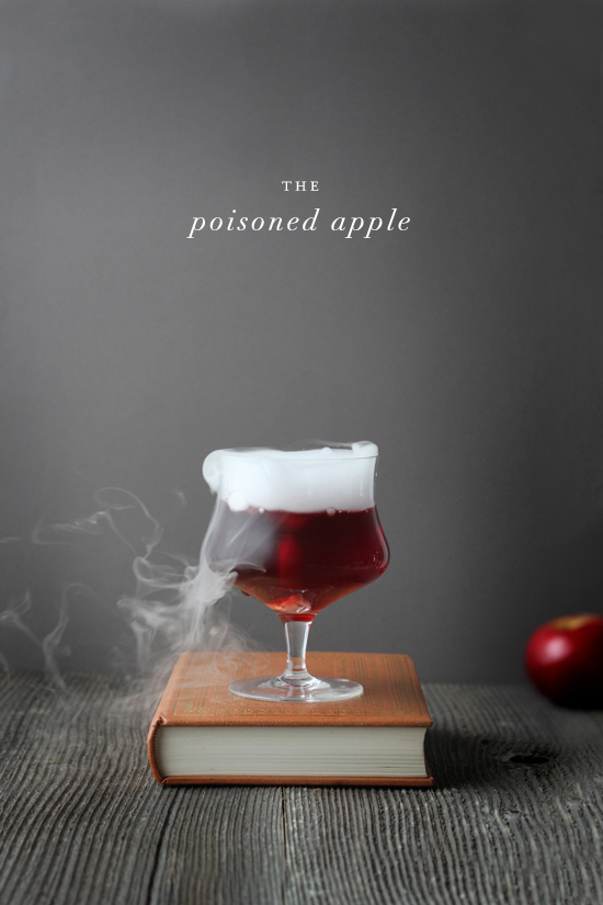 halloween-cocktail-recipes-poisoned-apple-julep_zpsfl4hnqio