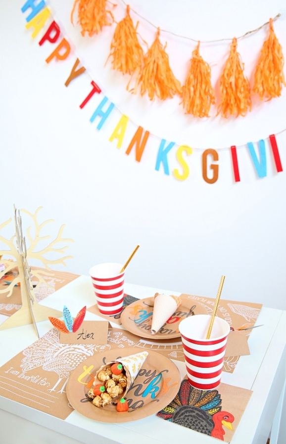 1-kid-thanksgiving-table-crafts-kim-byers
